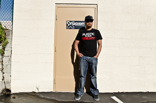 One of X-Fusion's claims to fame is that they don't put any plastic parts in their fork dampers or controls. The end result, they contend, is a higher quality—and more durable—product. The shirt says it all.