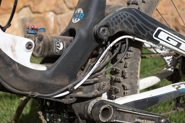 Here's where things get a bit messy. A spiderweb of cables all converge here, including the internally routed dropper post. Both derailleur housings are interrupted so the cables can go through the frame, leaving them open to the elements. In addition, the front derailleur cable requires a steel noodle - similar to a v-brake noodle- due to a shortage of space in the area. While it seems a bit wonky, I'm not sure I can think of a much better way to route the cables.