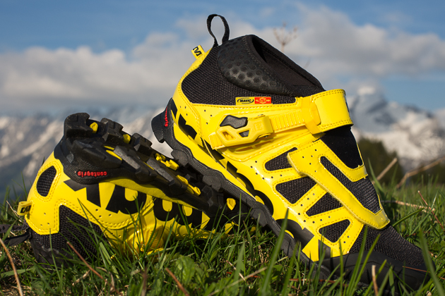 Mavic's new Crossmax Enduro shoe is breeds the stiffness of the Fury with the comfort and protection of the Alpine XL