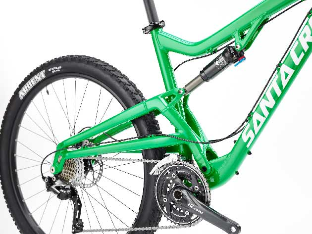 The Bantam's single-pivot design brings the price tag down (relative to Santa Cruz's VPP-based bikes).