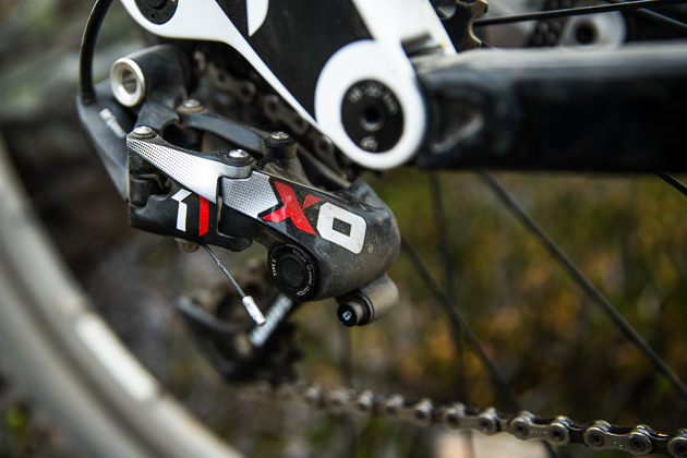 The X01 derailleur looks nearly identical to the XX1.