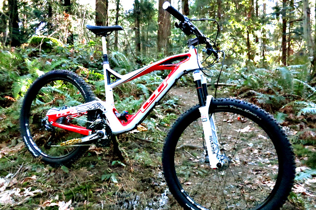 A bit of old, a bit of new. The 2014 GT Force is based on the same independent drivetrain patent that has been the foundation of the past 15 years of GT full-suspension bikes, but there are plenty of new tweaks to the original formula that add up to improved performance out on the trail.