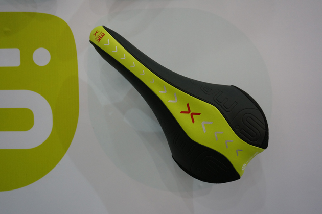 Most of the world's high-end saddles are made by Taiwanese companies, and this new Smanie trail seat is no exception.