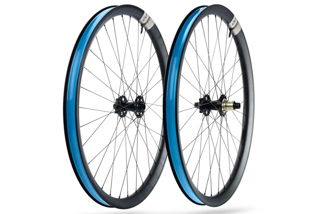These aren't fatbike wheels. Ibis' new 741 and 941 wheels sport wide-ass 35-millimeter inner width hoops.