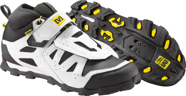 Mavic has continued to refine the proven Alpine XL and similar models, reinforcing areas that tended to wear more quickly and providing greater foot protection in the most vulnerable spots.