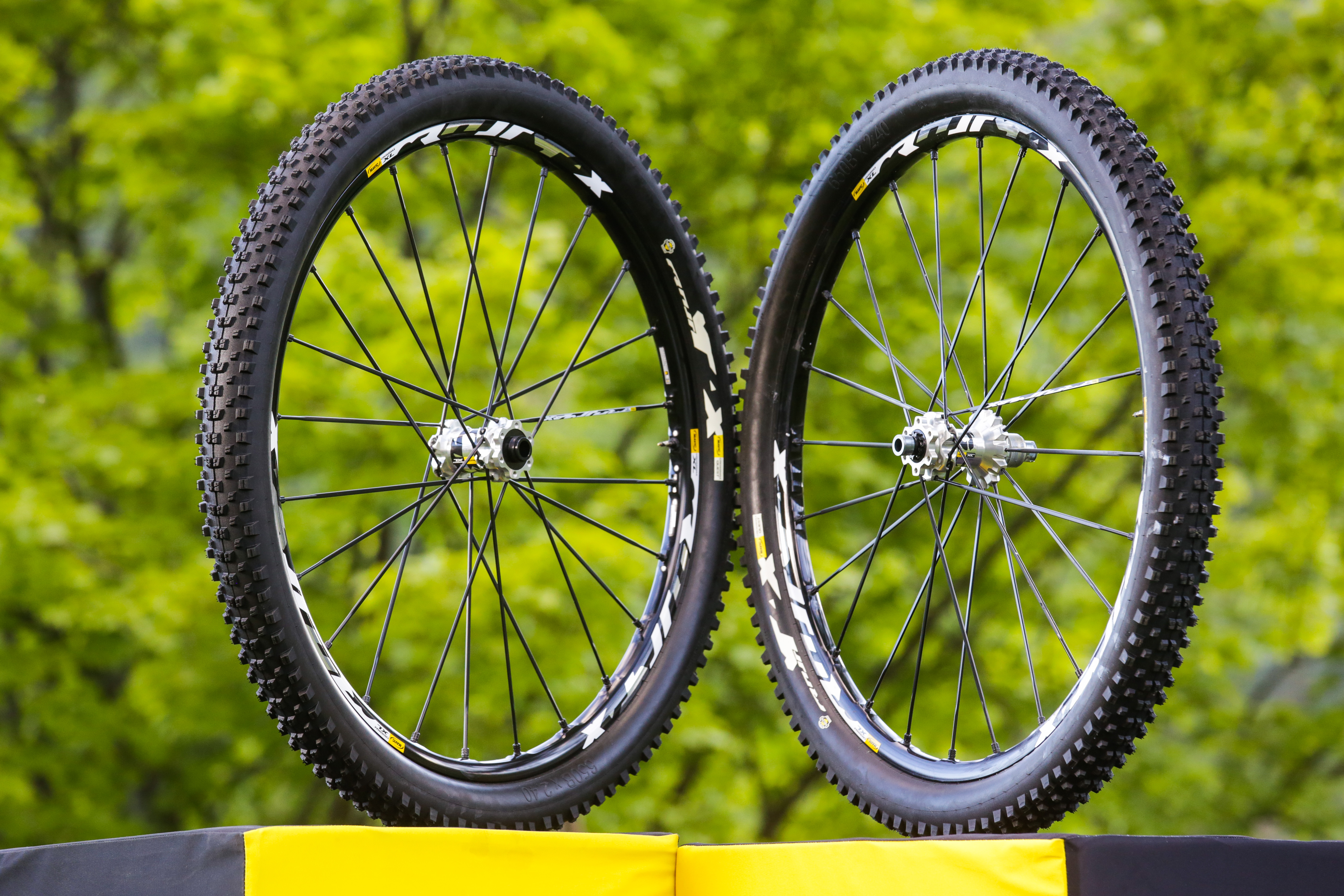 The new Crossmax XL Wheel-Tire System features a wider rim, wider tires and more spokes (24 spokes, front and rear, versus 20 spokes in front and back for the Crossmax Enduro racing wheels) than the Crossmax Enduro racing wheels in an effort to increase the durability and reliability over the long haul. These wheels and tires are intended to last over rugged terrain for long periods of time—and they held up well over the course of our extended journey.