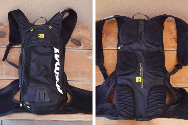 The front of the pack has a clean, simple look, while the back offers breathable mesh at all critical contact points.