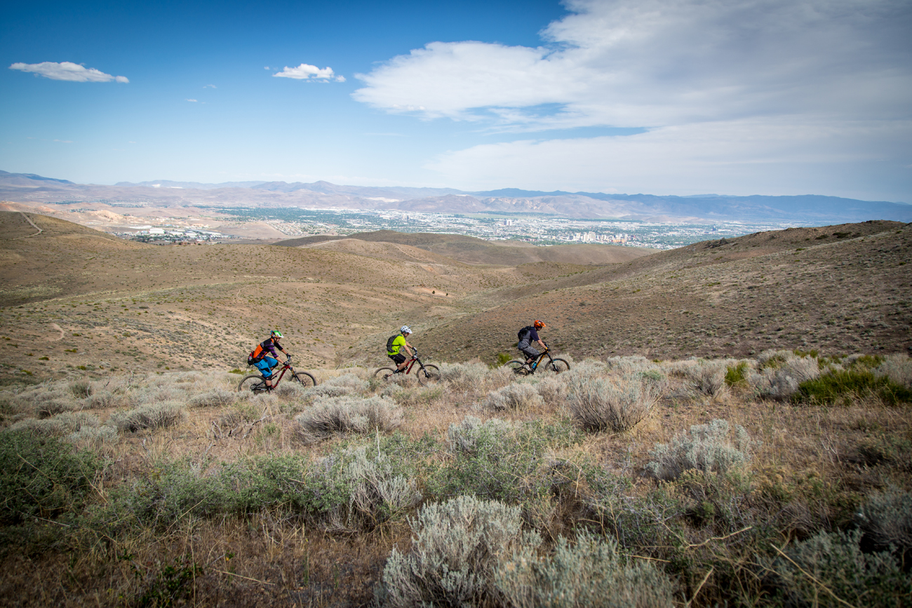 The course featured some classic high desert riding with exposed, scrubby terrain and loose drifty dirt popularly described as having the consistency of kitty litter.
