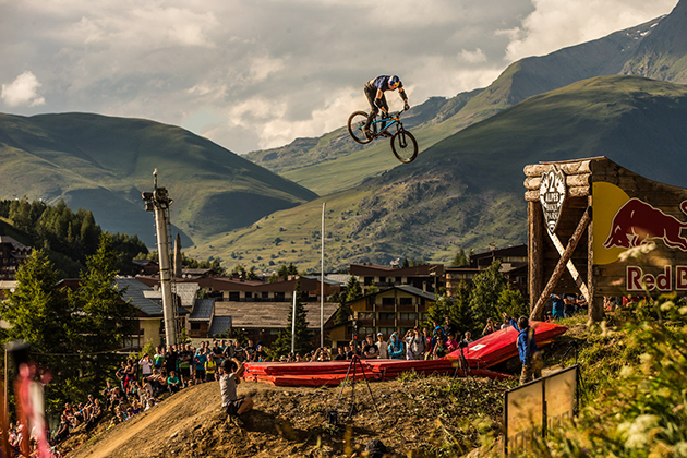 Thomas Genon competes in the slopestyle at Crankworx in Les 2 Alpes, France on July 5th, 2014. Photo: Ale Di Lullo / Red Bull Content Pool