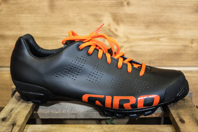 Are lace-up shoes on the comeback? Most certainly, if Giro has a say. The Empire VR90 was debuted at Eurobike 2014.