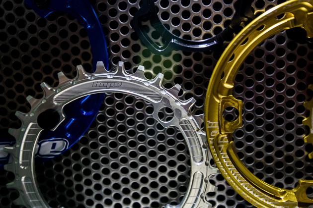 Hope is known for its beautifully machined, precision CNC parts, including hubs, brakes, rings, bottom brackets and lights. Hope's dual-width 'Retainer Ring' is designed for single ring use and is available in a variety of colors.