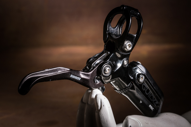 The brand new lever is designed with ease of manufacturing and bleeding in mind to avoid problems of the past. A cam between the lever blade and master cylinder pushes  the pads with varying rates throughout the stoke, allowing greater pad clearance, while maximizing modulation. It's the best modulating brake we've found on the market today.
