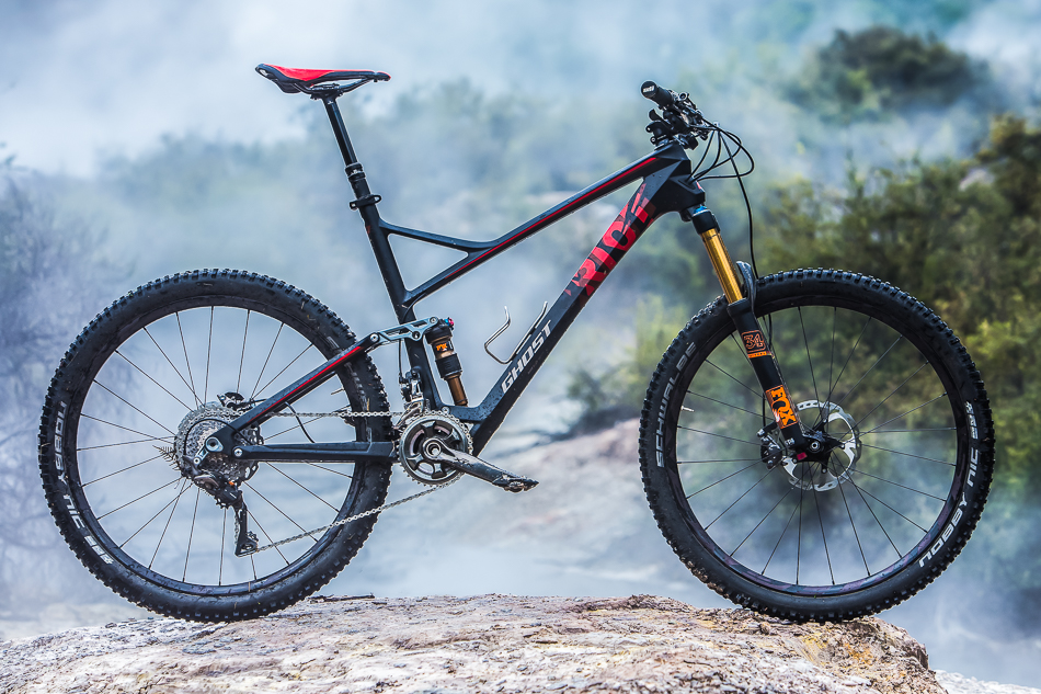 The test steed: Ghost's Riot 9 LC.
