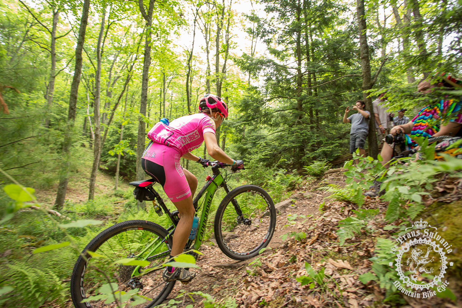Vicki Barclay (Stan's NoTubes Elite Women's Team) makes her way through the heckle pit.
