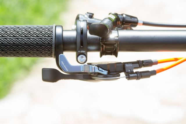 The new TwinLoc remote mounts under the bars.