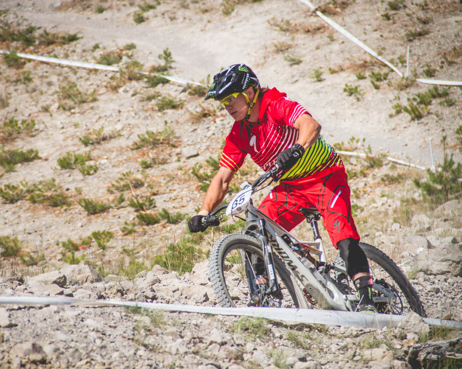 Mitch Roelato is known for having a somewhat different riding style than many other pro's. He looked calm and collected even going all out at the end of Run 4.