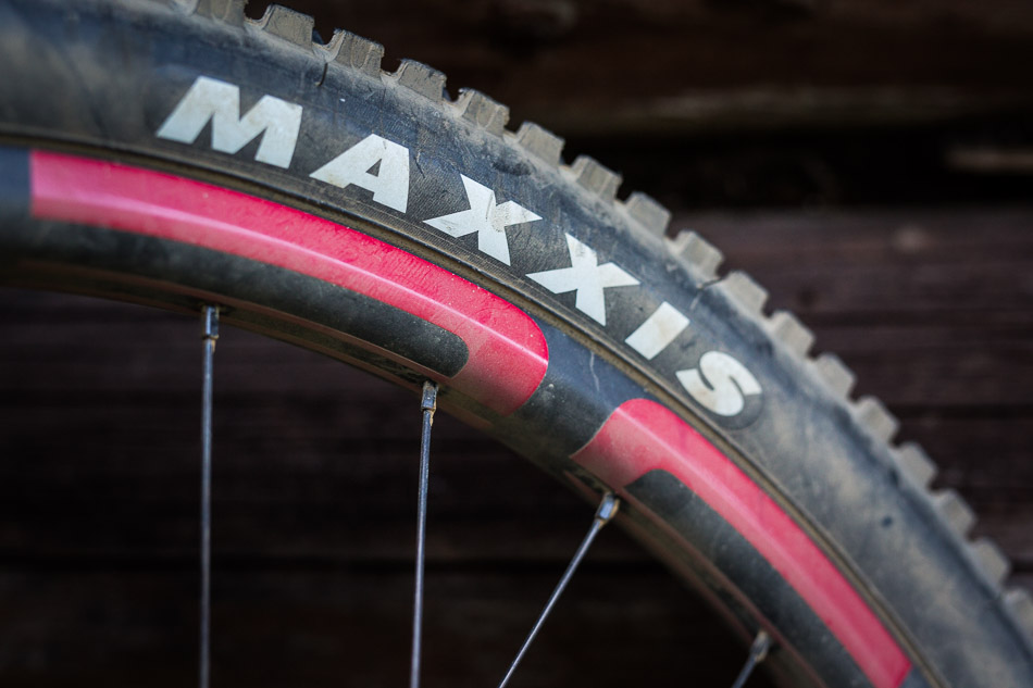The Recluse is also serving as center stage for the debut of Intense's new carbon rims, which feature a 30-millimeter internal rim width—which allows for lower tire pressures and improved traction. This, along with tried-and-true Maxxis High Roller II tires, means the Recluse has a mean bite in the loosest conditions.