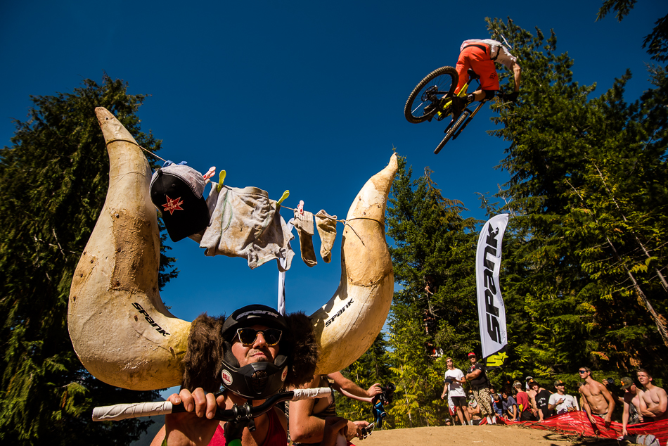 Once the field of 120 riders had been narrowed down to the final 30, the fans were horny for action. Photo: Bruno Long
