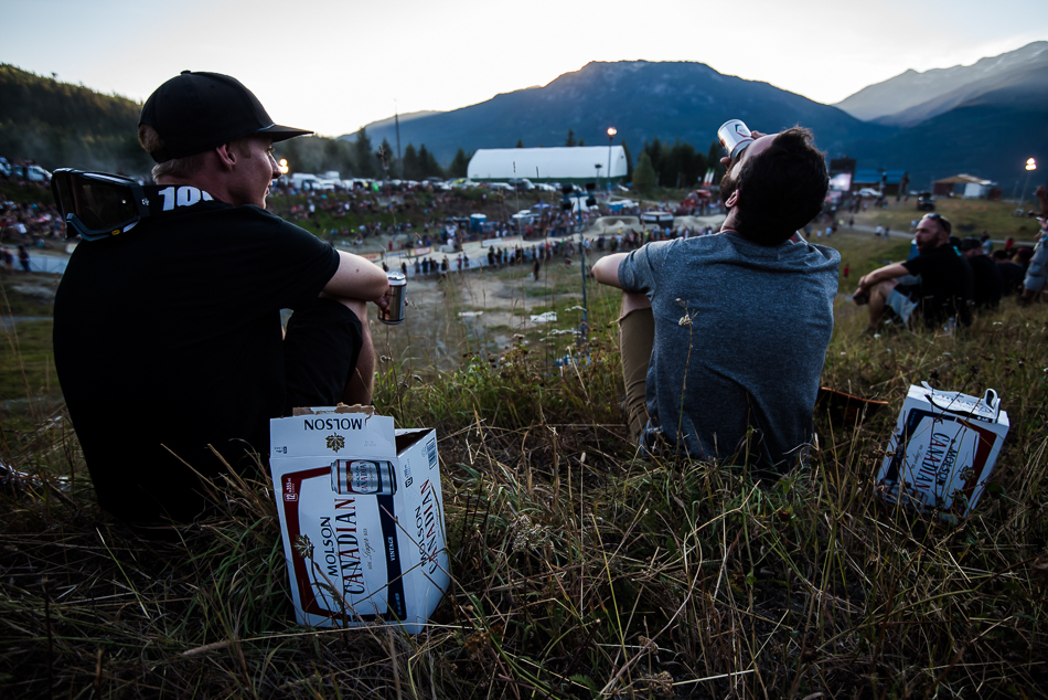 Many spectators were ending a day of riding in classic Canadian style. Photo: Bruno Long