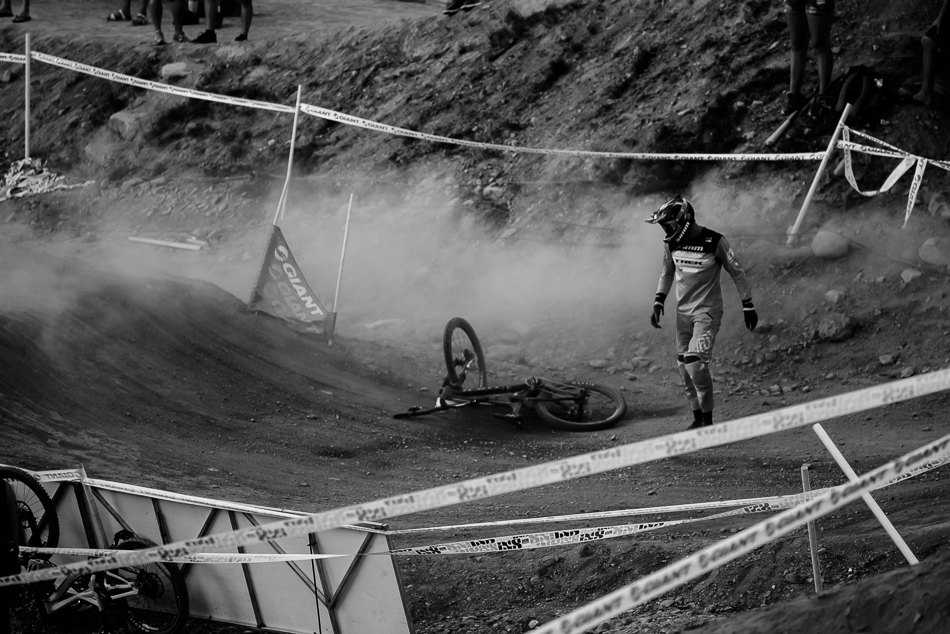 After a rough afternoon grinding through the heats, Walker Shaw slid out in his final run against Bas van Steenbergen, dashing his hopes of a podium finish. Photo: Bruno Long