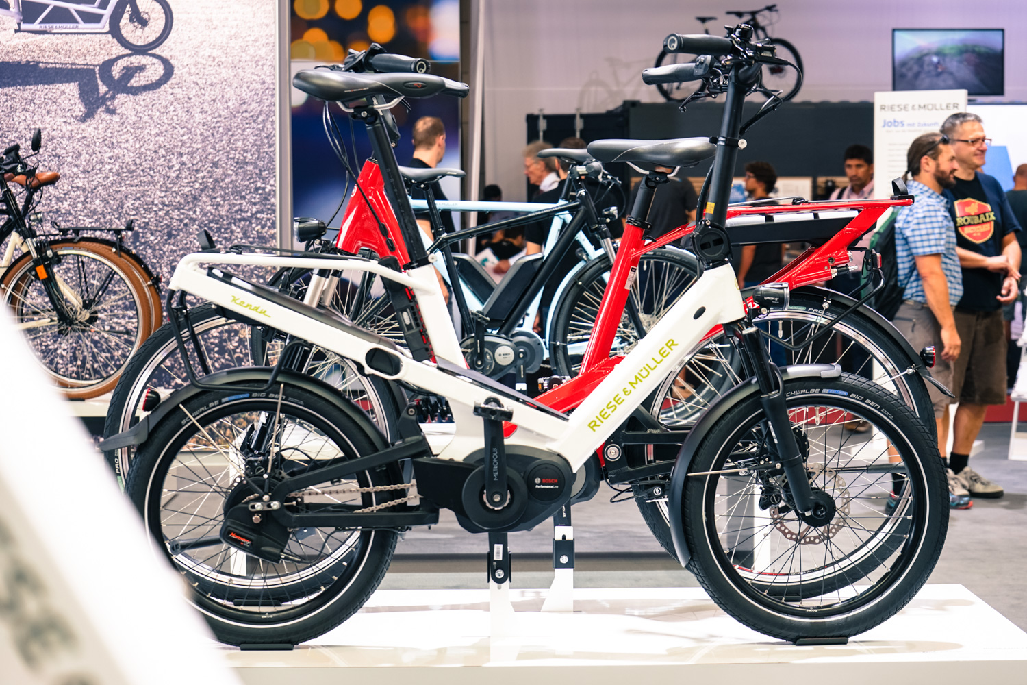 The stars of this year's show were the full-suspension, folding E-bikes.